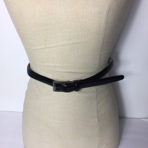 Liz Claiborne Black Leather Chic Casual M Belt